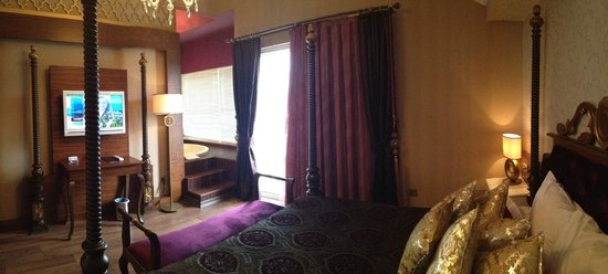 Adenya Hotel:                   deluxe room