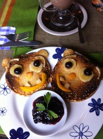 Café Fusiones:                                     pancakes du petit dej...