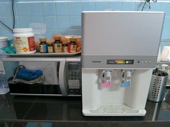 Twelve Inn Boutique Homestay:                   Drinking water machine