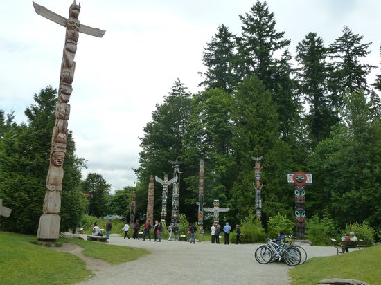 Brockton Point Totem Pole: Stanley Park Totempfähle