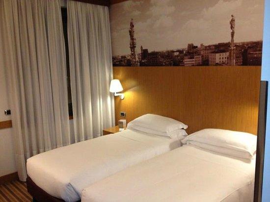 Starhotels Tourist: Room
