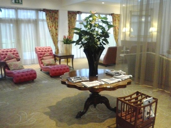 Champneys Springs Health Resort:                   lounge area