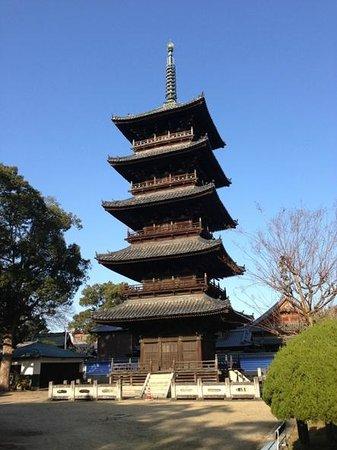 Motoyamaji temple :                   五重塔