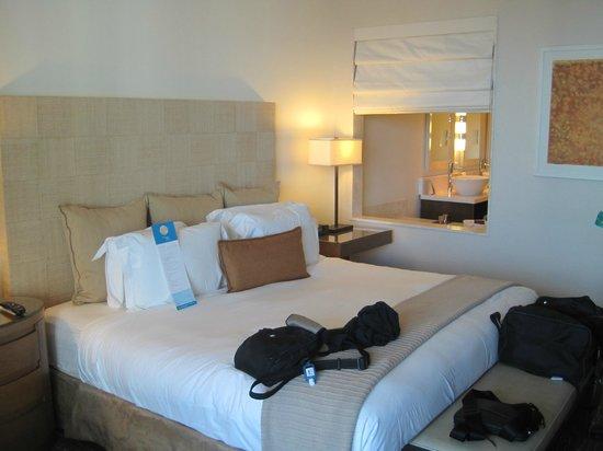 Kimpton EPIC Hotel:                   ROOM 2803