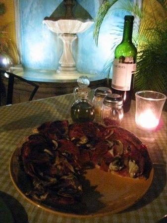 Rescoldos Mediterranean Bistro:                   delicious pizza :)