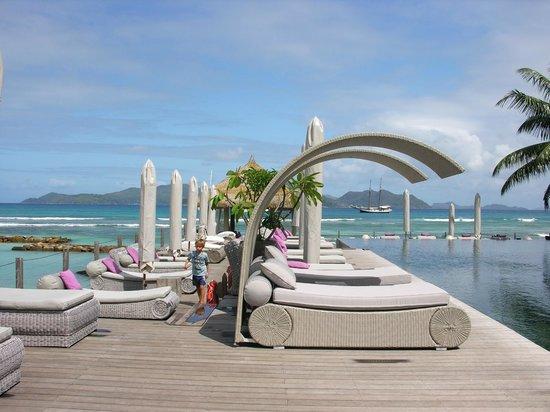 Le Domaine de L'Orangeraie Resort & Spa:                   solarium
