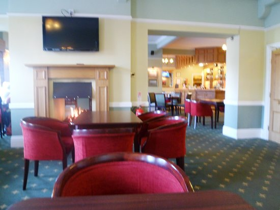 Golf Hotel:                   view of lounge/dining/bar