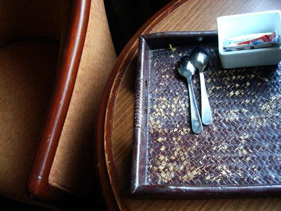 Arnoma Grand Bangkok:                   The pathetic state of room furniture in Arnoma