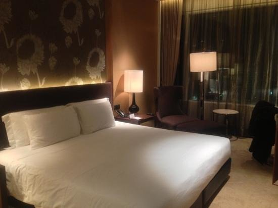 Eastin Grand Hotel Sathorn: chambre