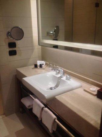 Eastin Grand Hotel Sathorn: salle de bains