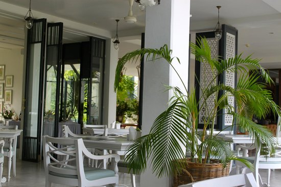 Devasom Hua Hin Resort:                   Brakfast / Restaurant