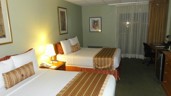 Regency Hotel Miami:                                                       Regency Club Room                       