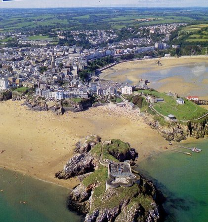 Lindholme House: Aerial view of Tenby Harbour