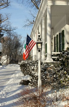Caldwell House Bed and Breakfast : The Inn blanketed with snow