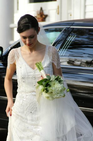 Caldwell House Bed and Breakfast : A stunning and beautiful bride leaving the Caldwell House
