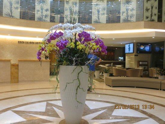 EdenStar Saigon Hotel:                                     lobby de l'hotel