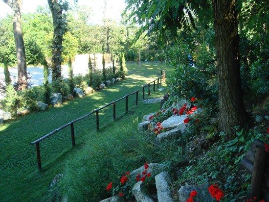 Il Bric: Una vista sul giardino botanico