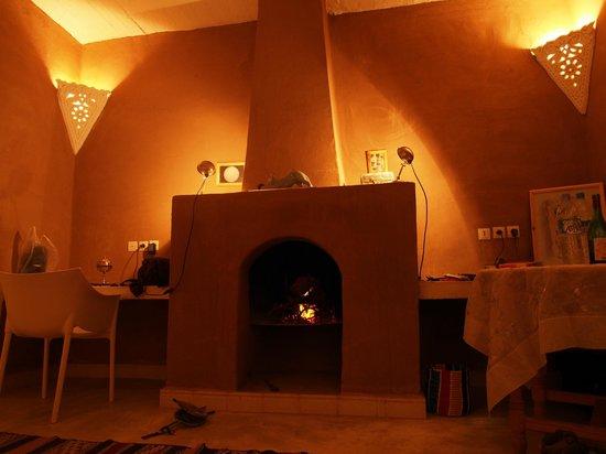Villa Zagora Ma Villa au Sahara:                   Fireplace in apartement - Villa Zagora