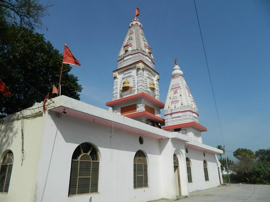 Bhadrakali Temple:                                     Side view