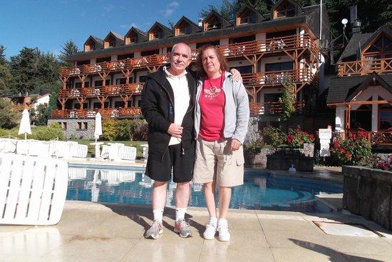 Bahia Manzano Resort: Vista del Resort desde la pileta