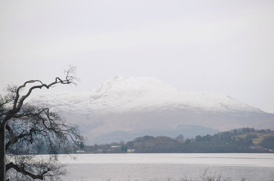 Cameron House on Loch Lomond:                   Ben Lomond covered in snow!