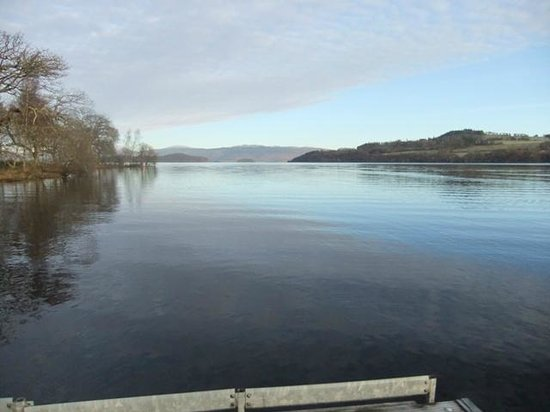 Cameron House on Loch Lomond:                   Loch Lomond