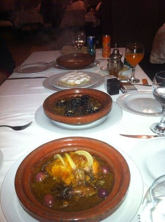 Traditional moroccan food picture of le nabab tangier for Authentic moroccan cuisine