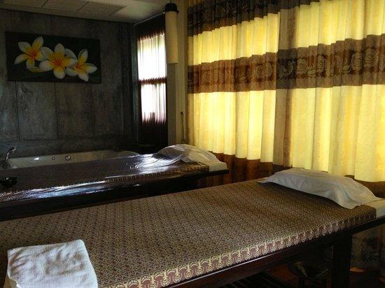 Ao Nang Phu Pi Maan Resort & Spa:                   Indoor spa
