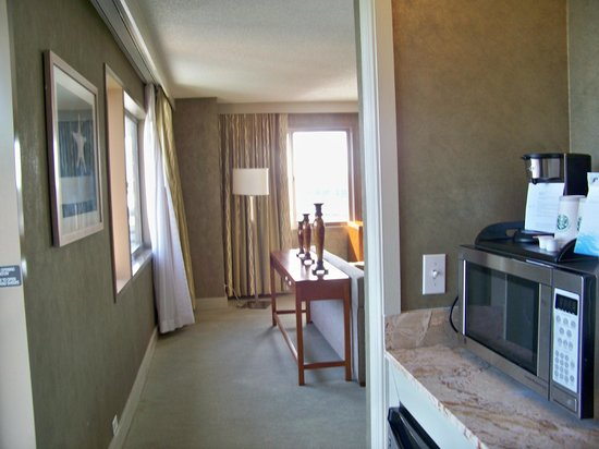 Westin Tampa Harbour Island:                   Coming from main bathroom past wet bar into suite