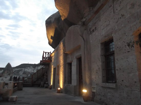 Star Cave Hotel:                                                                         the exterior