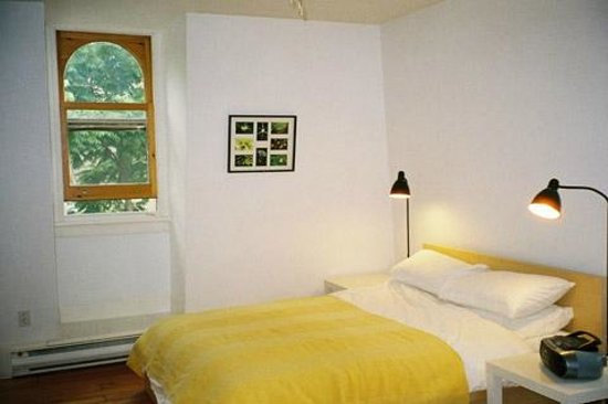 "Absolute 1000 Islands Suites: Apart-Suite "" Loft "" large Queensize bedroom"