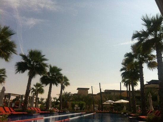 The Westin Abu Dhabi Golf Resort & Spa:                   Relaxing Pool