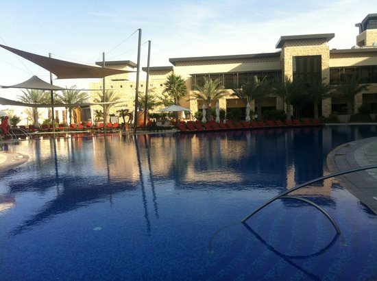 The Westin Abu Dhabi Golf Resort & Spa:                   Pool