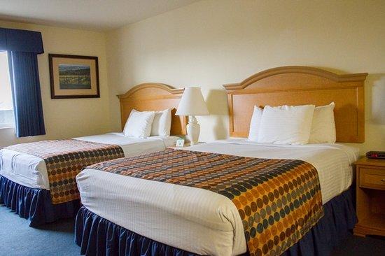 GuestHouse Vineyard Inn McMinnville: Double Queen Room