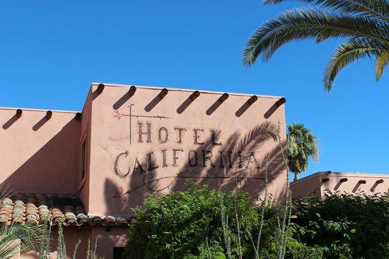 Hotel California:                   Hotel