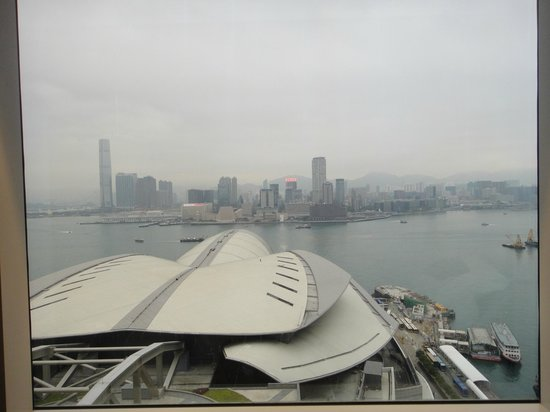 Renaissance Hong Kong Harbour View Hotel:                   harbour view from my window