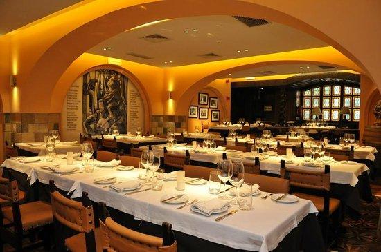 O Faia : Sala do restaurante