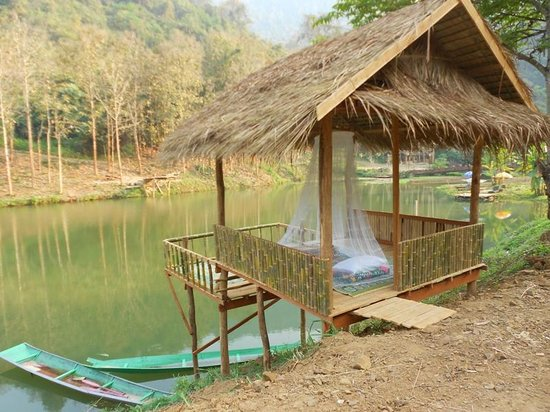 Camping Tad Thong: Sleep in one of the Salas