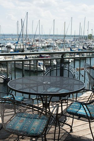Harbor 22 Bar and Grill: View from Deck