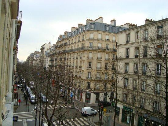 BEST WESTERN Prince Montmartre:                   vista dalla stanza
