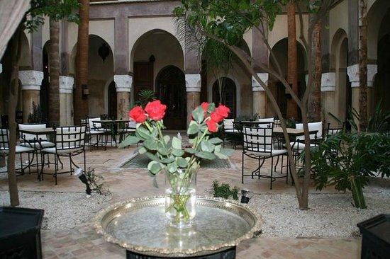 La Villa Nomade:                   La patio