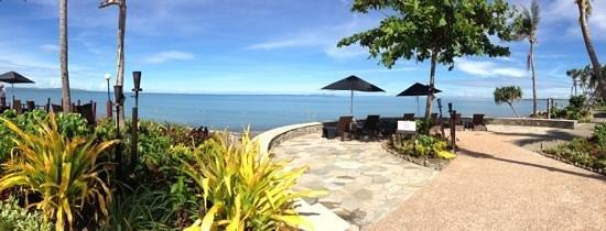 Radisson Blu Resort Fiji Denarau Island:                   another beautiful day
