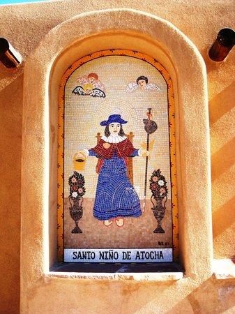 El Santuario de Chimayo:                   Santo Ninode Atocha