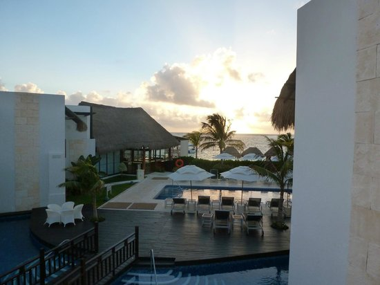 Azul Beach Hotel:                   View from Room