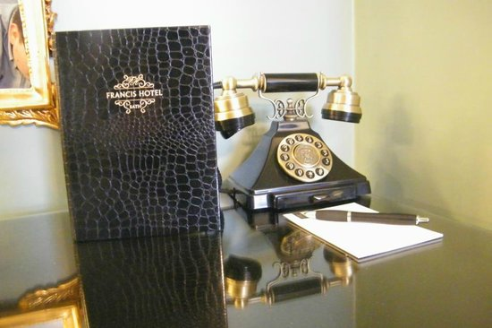 Francis Hotel Bath - MGallery by Sofitel:                   Phone in the room - great details