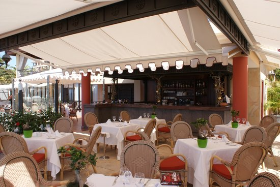 Iberostar Grand Hotel Salome:                   Salome Poolside restaurant