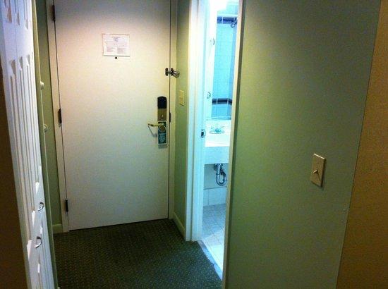 Regency Hotel Miami:                   Room (regency club room)