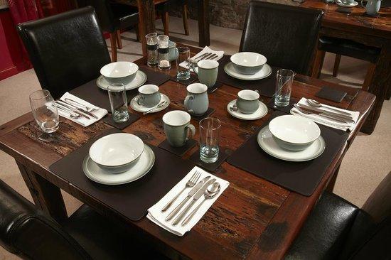 Lowthwaite B & B: Breakfast table
