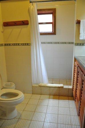 Cocolobo: Bathroom