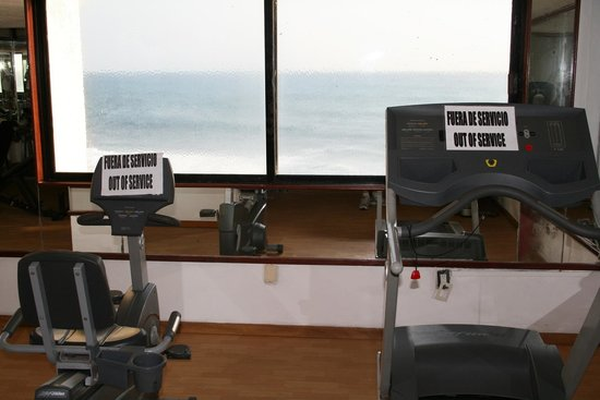 Mia Reef Isla Mujeres:                   The gym...